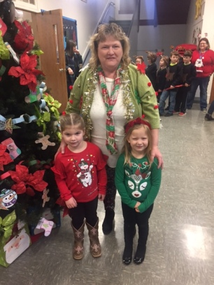 Mrs. Fox & Kaitlynn McMinn & Shya Mays